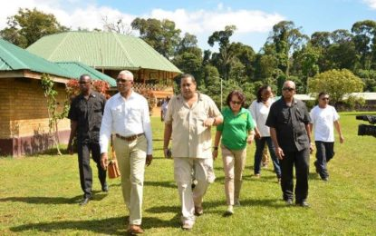 President envisions Iwokrama as 'biodiversity, botany, zoology' education centre  -Head of State and First Lady visiting centre