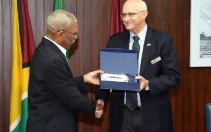 President Granger meets with National Defense University Capstone team