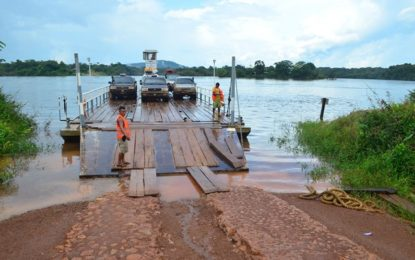 Minister Allicock pitches idea of Kurupukari Bridge to Prime Minister