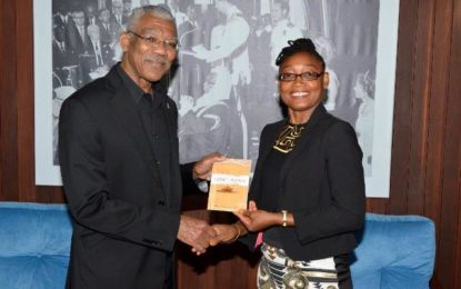"""President Granger receives courtesy call from Marcia Shury, author of """"Silent Hearer"""""""