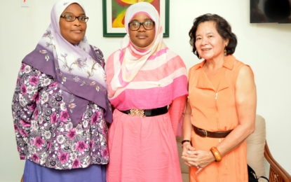 First Lady meets with CSEC Top Performer, Ms. Fatima Karim