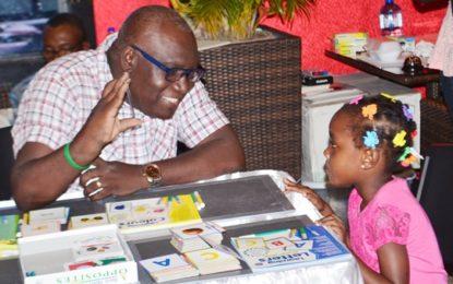Literacy clinic highlights fun ways of teaching reading