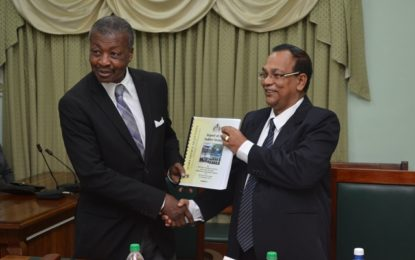 Auditor General's report for 2015 handed over to House Speaker