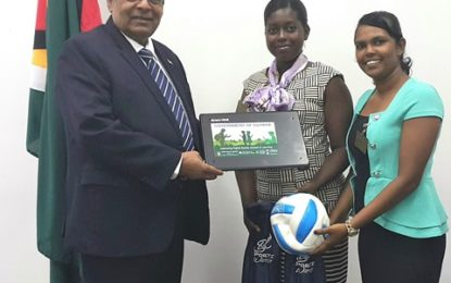 Prime Minister makes donation to Corentyne Comprehensive High School