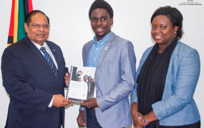 Prime Minister receives report on the State of Student Governance in the Commonwealth