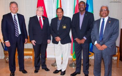 Prime Minister attends dinner with Bombardier and Air Guyana Representatives