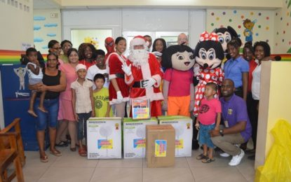 Courts spread Christmas cheer to GPHC's pediatric ward