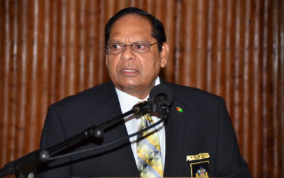 PM puts integrity legislation amendments to Cabinet