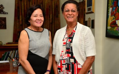 First Lady meets with Canada-Guyana Outreach Mission