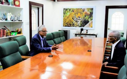 President Granger meets with Chancellor of the University of Guyana