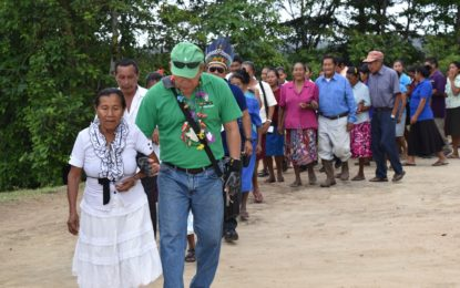Minister Norton reaches out to remote Upper Mazaruni Villages  -first Government official to meet with residents
