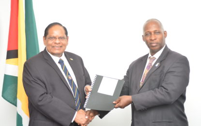 GNBA Chairman hands over advice for broadcast legislation to PM