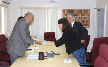 Australian diplomats visit Minister of Natural Resources to discuss the natural resources sector and ways in which Guyana and Australia can cooperate further