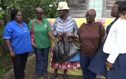 Region 5 Fire Victims given assistance by Ministry of Social Protection