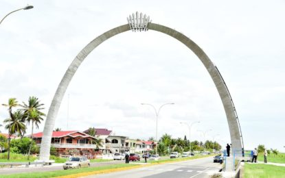 Cummings Lodge arch identifies frontier of a fast-developing capital city-President Granger