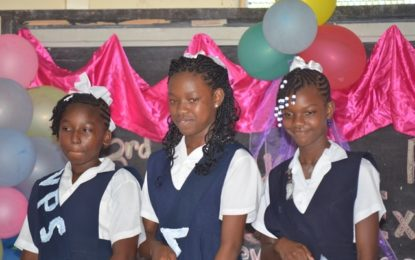 Minister Cummings urge Victoria Primary School students to remain focused on their education