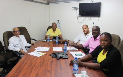 GOLD BOARD and MINING ASSOCIATIONS EXECUTIVES FORGE NEW PROCESSING FEE STRUCTURE    Minister's promise honoured