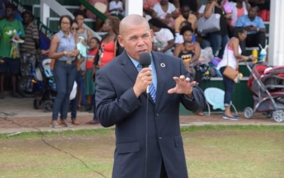 Minister Norton implores students of Green Acres School to be well-rounded