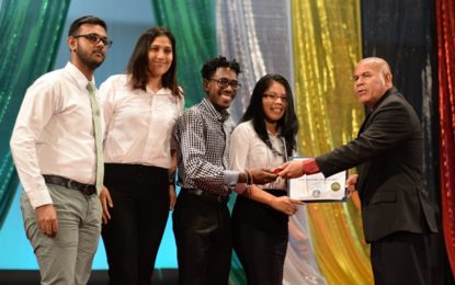 25 youths awarded for exemplary volunteer service