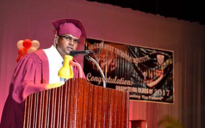GTI graduates 793