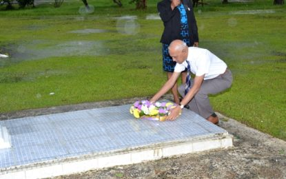 Former President Hoyte commemorated on 15th death anniversary