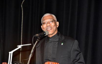 President reiterates commitment to teachers' development