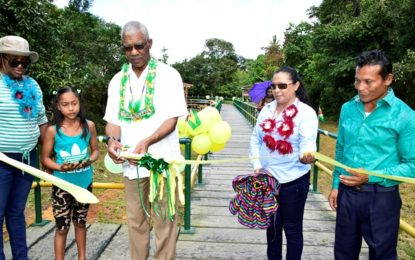 New stelling commissioned at Ykinipa  -as President takes Christmas cheer to Pomeroon