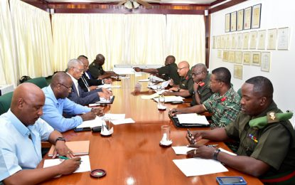 President meets with GDF top brass to discuss defence concerns