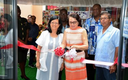 Ming's Optical new Parika Branch is expression of confidence in Guyana's future  -First Lady, Mrs. Sandra Granger