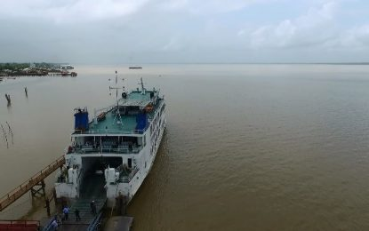 Vessels of 500 gross tons and above to be insured