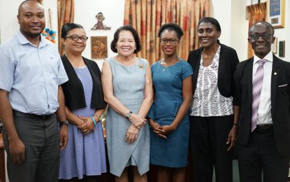 Public Health, PAHO officials meet with First Lady on Adolescent Heath Document