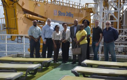 Captain, crew of Stena Carron drillship commended for efficiency in oil discoveries