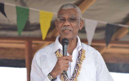 Potaro/Siparuni has the potential to feed entire Guyana-President at North Pakaraima Expo