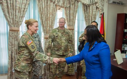 Florida Army National Guard team on visit to help push counselling and behaviour therapy in the health sector.