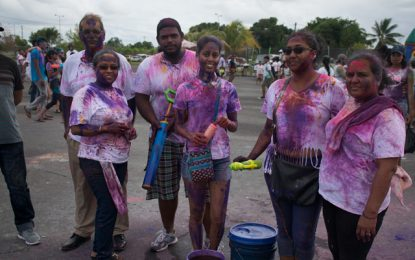 Explosion of colours as Guyanese observe Phagwah