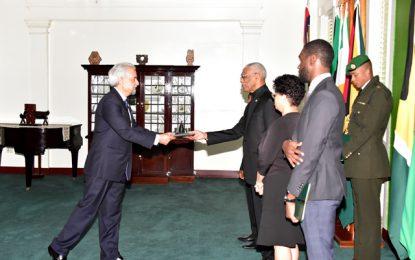 President Granger accredits Thai, Pakistani envoys