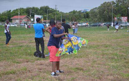Family, Kites and Fun – Easter at Joe Vieira's Park