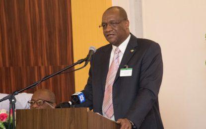 Admin professionals must capitalise on training – Min. Harmon