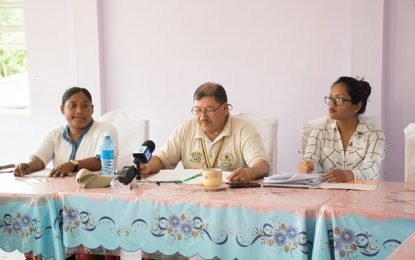 Minister Allicock meets new Baramita Toshao, Councillors    -urged them to ensure continued village development