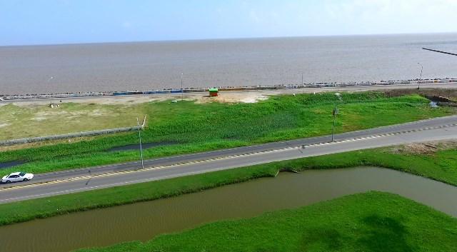 Transformed 'green' seawall to be recreational, tourism hub