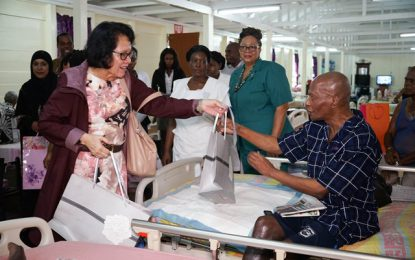 First Lady visits the men of the Palms Geriatric Home