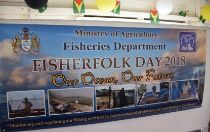 Agri-Minister pledges full support for fishermen