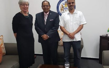 Prime Minister meets Open Society Officials