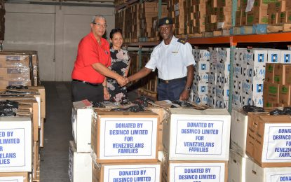 CDC receives 50 hampers from DeSinco Trading Limited