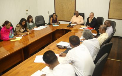 Budget team meets Institute of Chartered Accountants execs