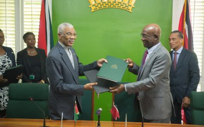 Guyana and Trinidad sign MOU on energy cooperation