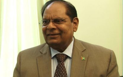 """""""Opposition leader tried to maximize on teachers' grievances"""" – PM Nagamootoo"""