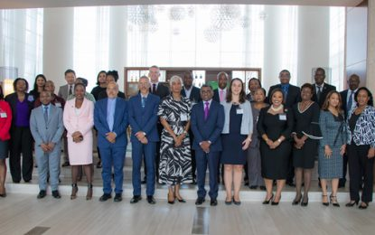 Commonwealth consults Caribbean on trade issues