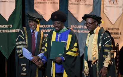 Recipients of honorary doctorates call on UG to undertake its role as the independent academia
