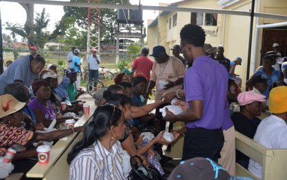Over 200 pensioners receive Christmas breakfast in New Amsterdam